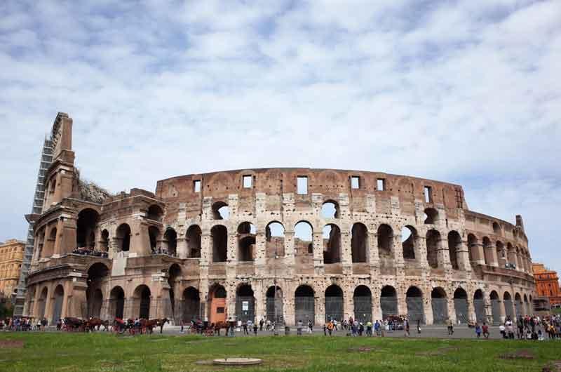Colosseum bangunan peninggalan sejarah