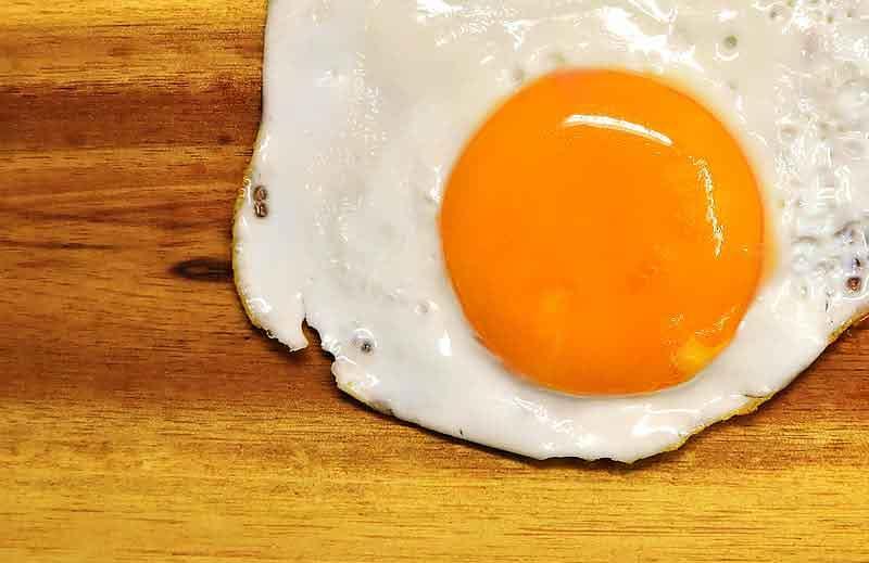 Telur makanan yang sehat untuk rambut