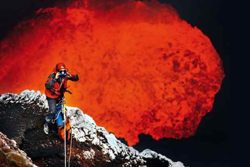Volcano Bungee Jumping