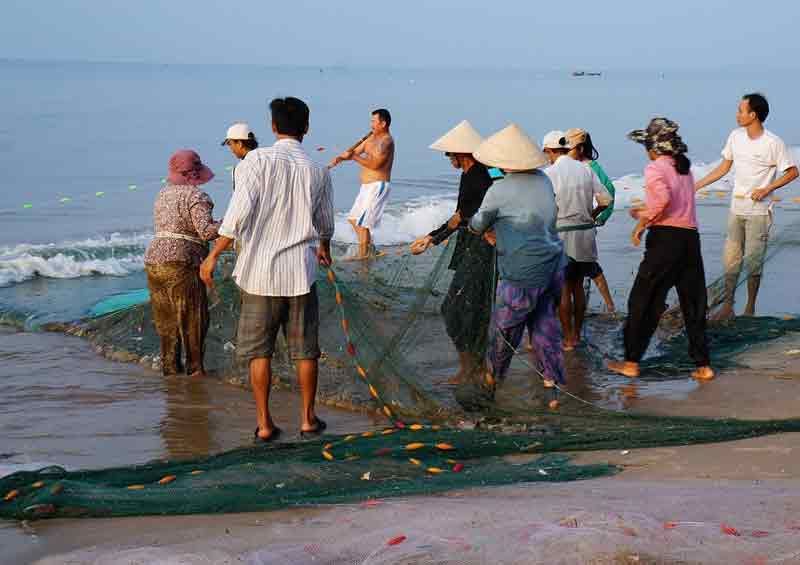 Mata Pencaharian Penduduk Daerah Pantai